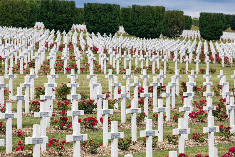 Militairen van de begraafplaats stierven de Eerste Wereldoorlog bij Slag van Verdun, Fran stock fotografie
