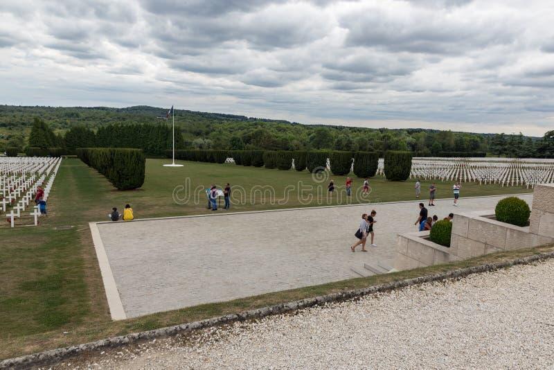Militairen van de begraafplaats stierven de Eerste Wereldoorlog bij Slag van Verdun, Fran royalty-vrije stock fotografie