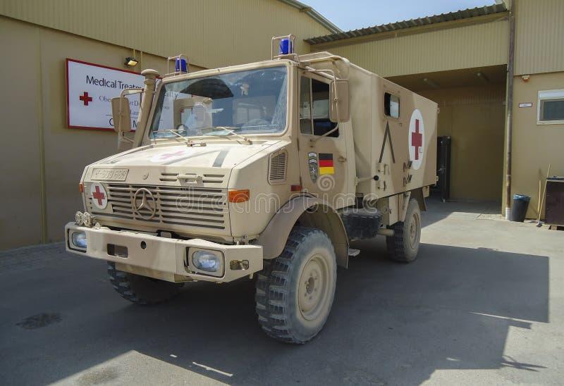` Militar alemán del krkw del ` del vehículo de la ambulancia fotos de archivo libres de regalías