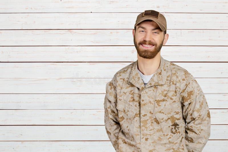 Militar de sorriso imagens de stock royalty free