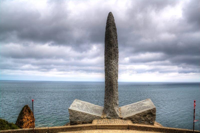 Militarny pomnik na Pointe Du Hoc, Normandie, Francja zdjęcie stock