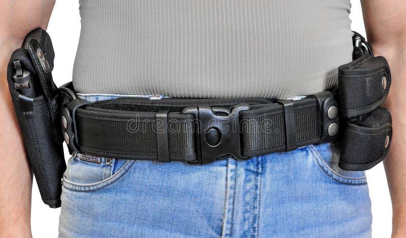 Militarny taktyczny pasek z półautomatyczną klamrą dla związku z nabojową kieszonką, umieszczającą na mężczyzna ` s pasku, odizol zdjęcie stock