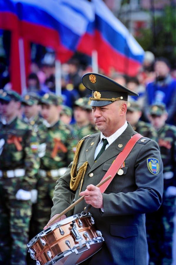 Militarny zespół bawić się Marzec fotografia stock