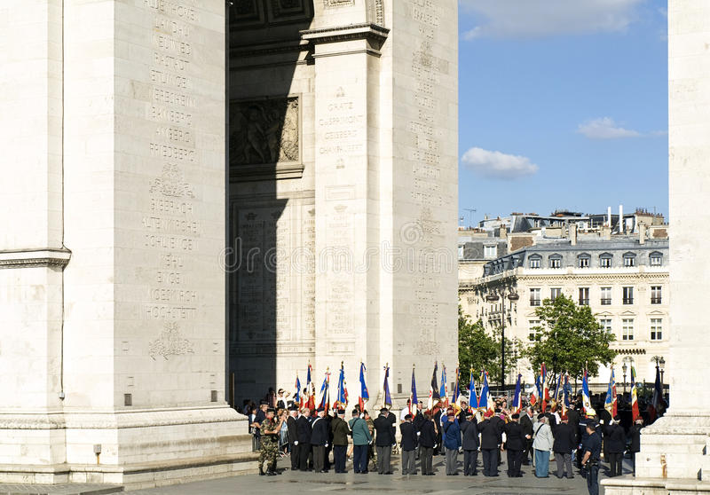 Download Military Ceremony In Arc De Triomphe Editorial Stock Image - Image: 26562799