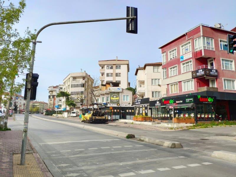 Miljoenen mensen beperkt zich tot huizen nadat Turkije de sluiting van het coronavirus heeft opgelegd royalty-vrije stock afbeelding