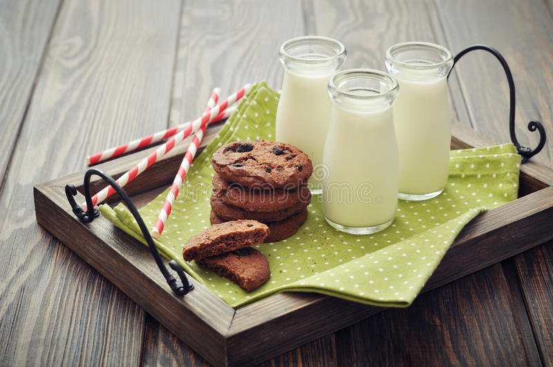 Milk and cookies royalty free stock photos