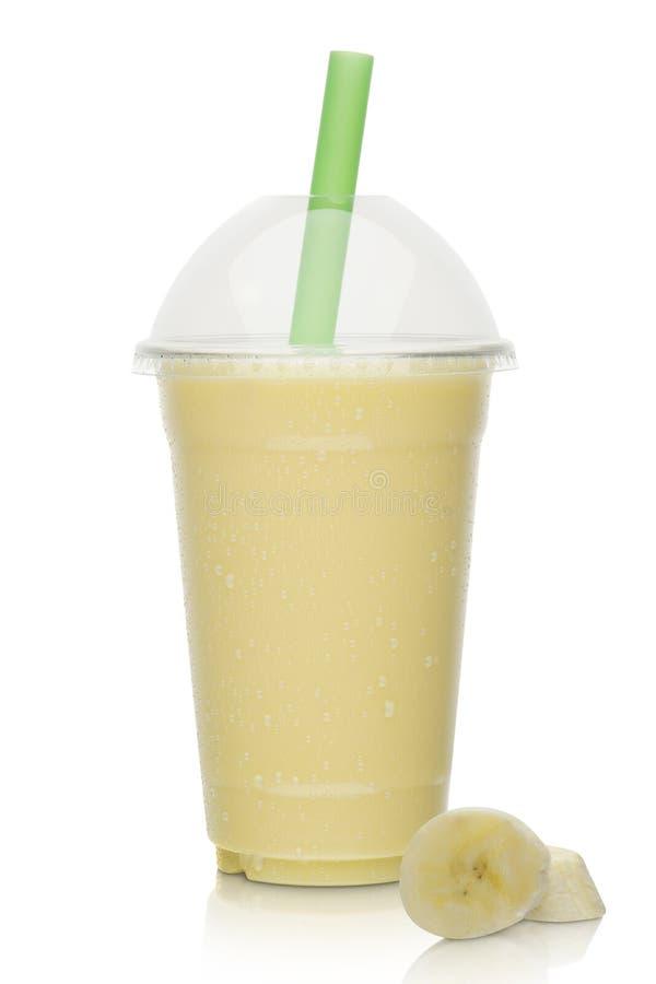 Milk shake da banana com banana fresca foto de stock