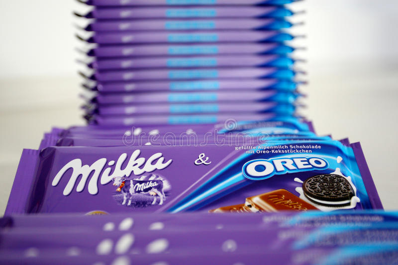 Milka Oreo lizenzfreies stockbild