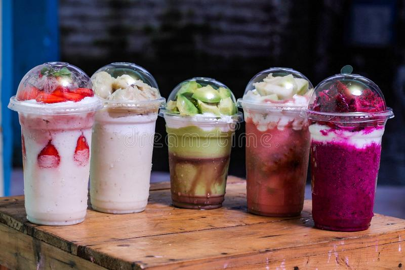 Milkshake με την παραλλαγή γεύσης, έκδοση 2 στοκ εικόνες