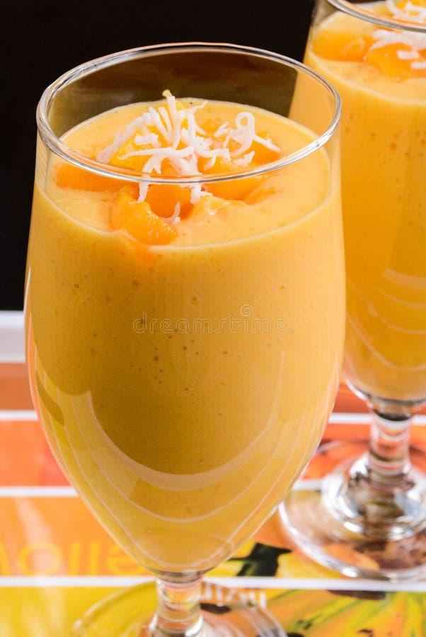 Milkshake манго стоковое фото rf