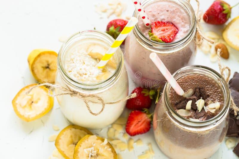 Milkshakes шоколада и клубники банана стоковое фото