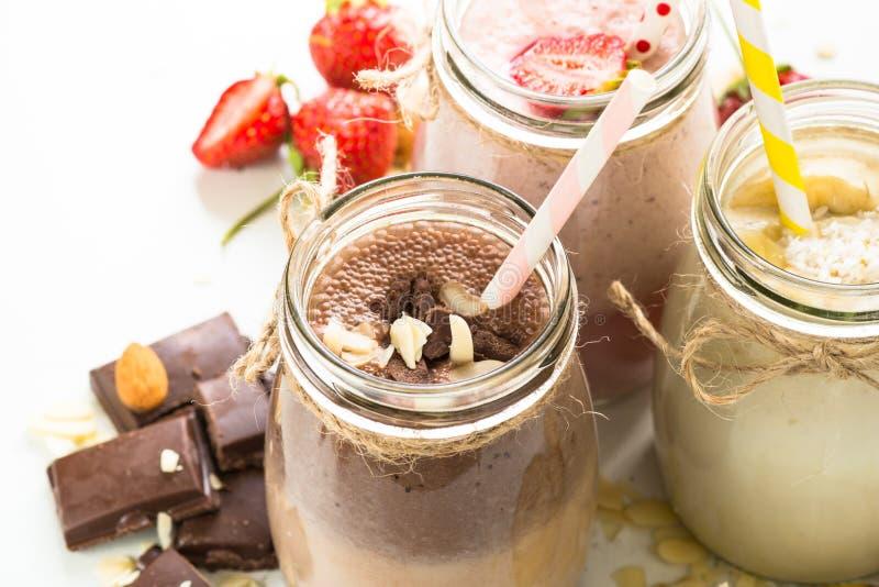 Milkshakes шоколада и клубники банана стоковые фото