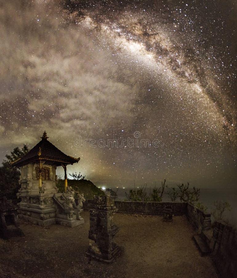 Milkway i Bali świątynia obrazy royalty free