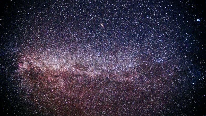 Milky höst långt, galaxen arkivbild