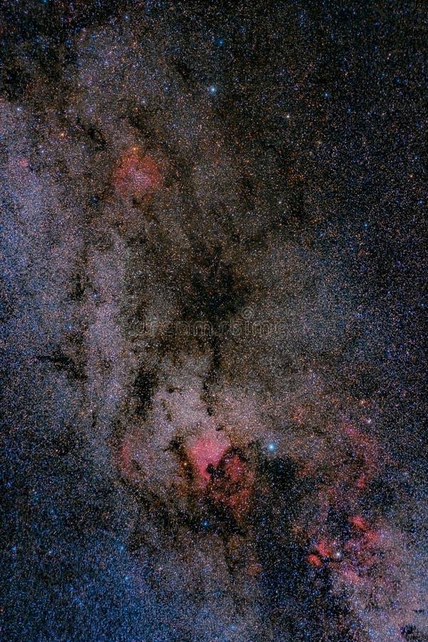 milky nebulaestjärnor för fält långt arkivbild