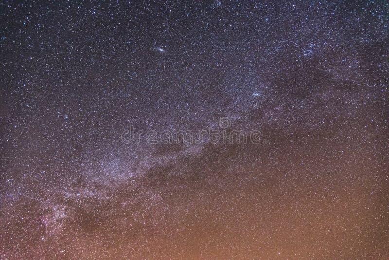 Download Milky sposób na niebie zdjęcie stock. Obraz złożonej z wieś - 53775180