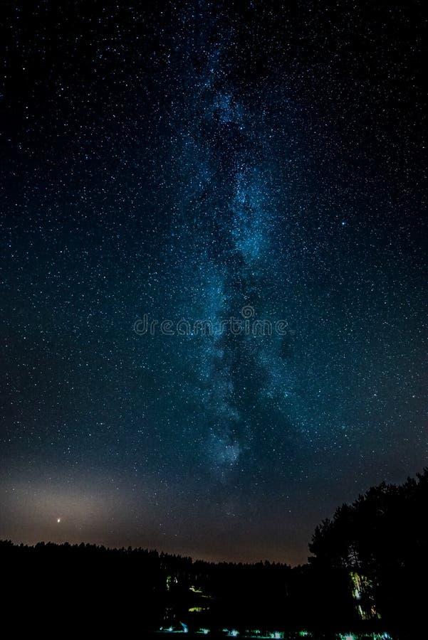 Milky sposób widzieć w północnym Polska zdjęcia royalty free
