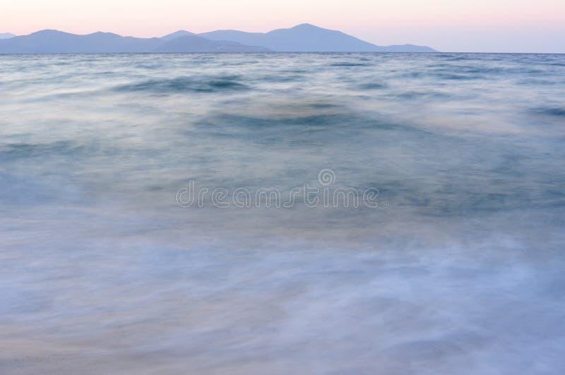 milky waves arkivbilder