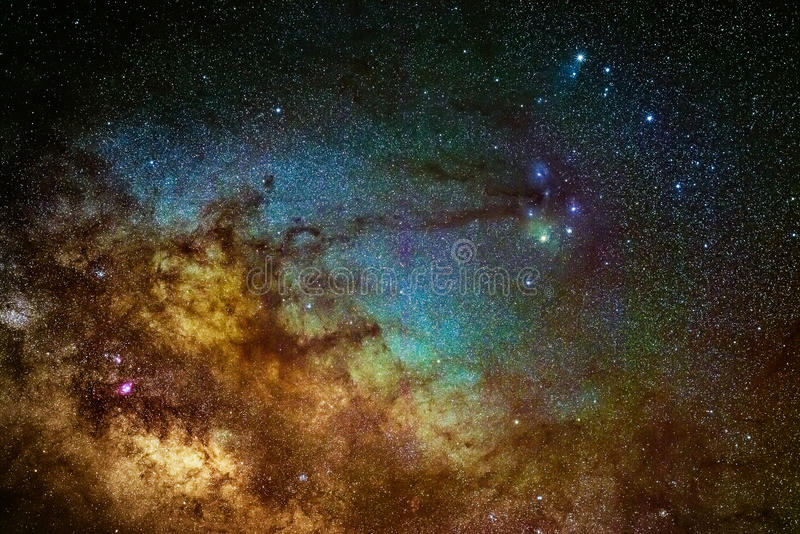 Milkyway galaktyka blisko Scorpius terenu obraz royalty free