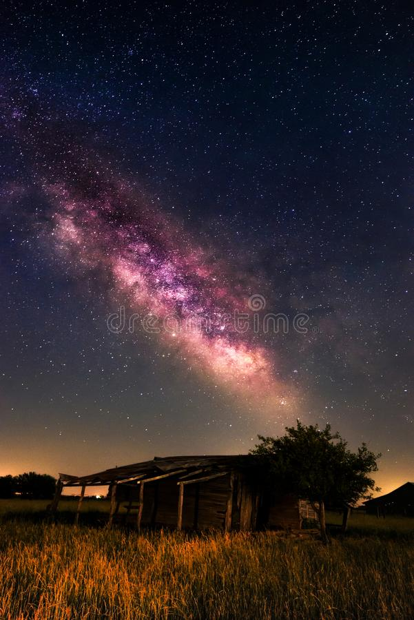 Milkyway. The milkyway over the ruins of a Missouri farn storage shed stock image