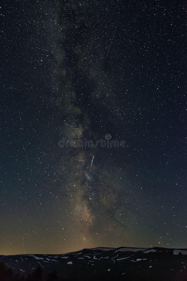 MilkyWay nad Lago-Naki, Północny Kaukaz, Rosja zdjęcia royalty free