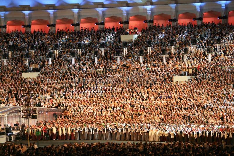 Mille chants de personnes image libre de droits