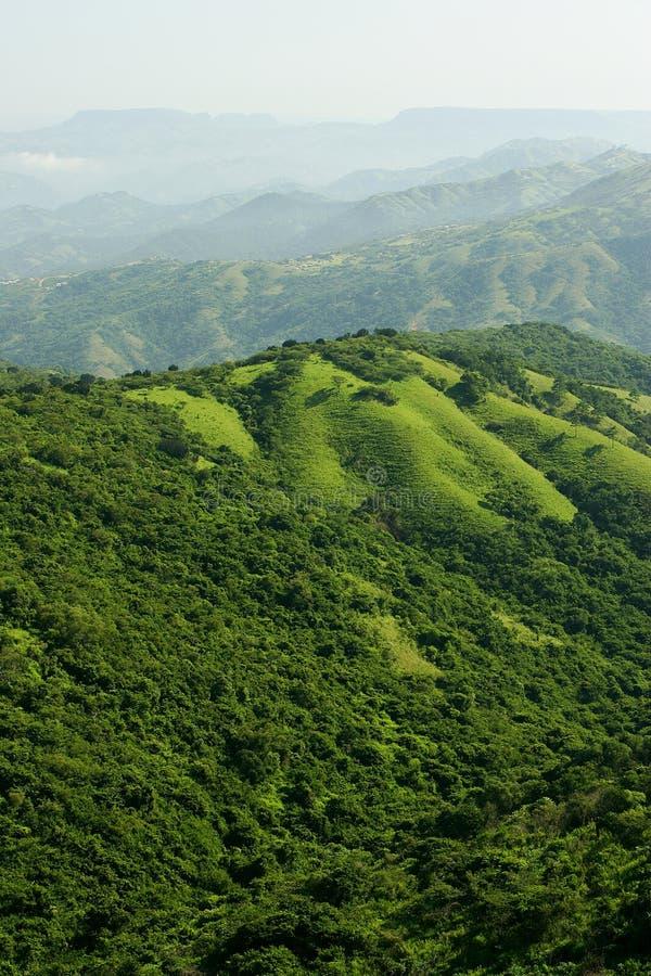 Download Mille colline immagine stock. Immagine di africa, scenico - 7321767