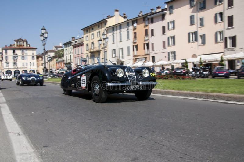 Mille Miglia sławna rasa dla retro samochodów fotografia royalty free