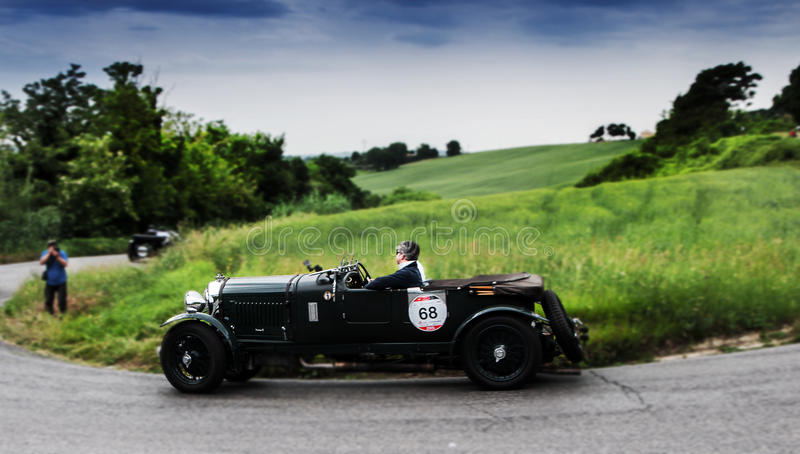Millemiglia 2015 BENTLEY 4 5 Liter jaagde 1930 aan stock foto's