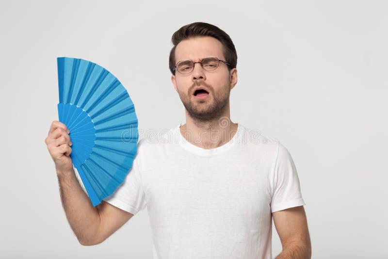 Millennial facet nakłania airflow deaktywację himself uczucie przegrzewaliśmy chwyty one wahają się obraz royalty free