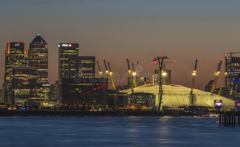 Millennium Dome au crépuscule, Londres, R-U photo stock