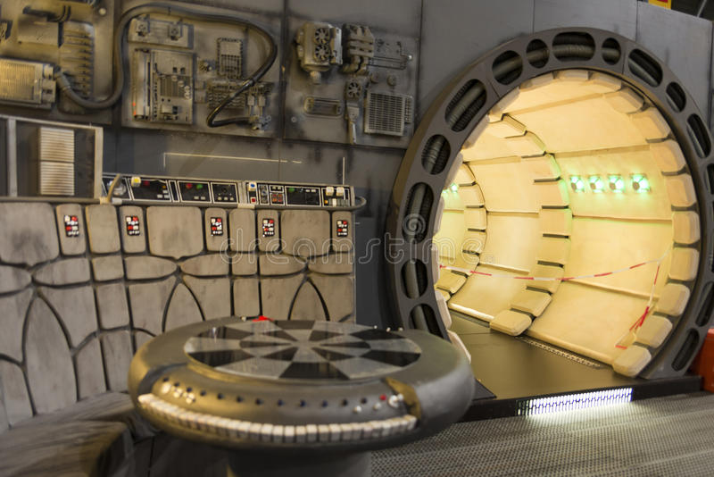 Millennium falcon interior editorial stock photo image of for Interieur faucon millenium