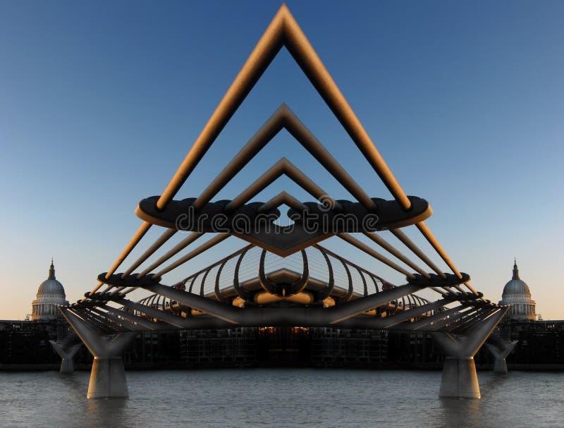 millennium mostu zdjęcia stock