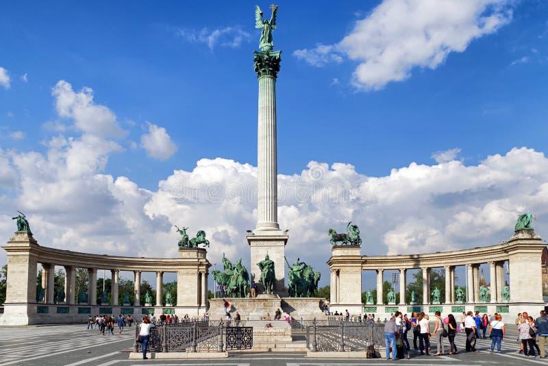 Millenniummonument bij Helden` Vierkant in Boedapest, Hongarije stock fotografie