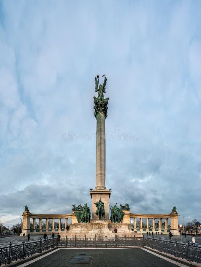 Millenniummonument in Heldenvierkant in Boedapest, Hongarije stock fotografie