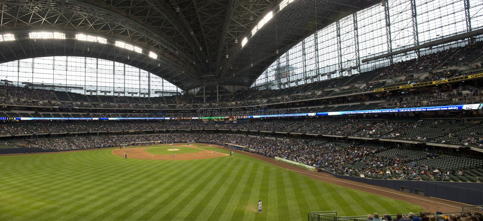Download Miller Park, Milwaukee Brewers, Baseball Outfield Editorial Image - Image: 24410235