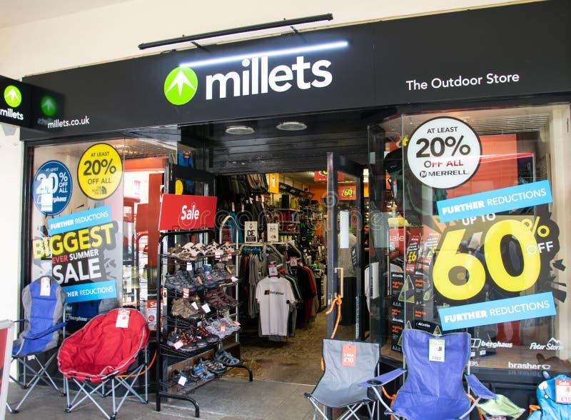 Millets sklepu pierzeja zdjęcia royalty free