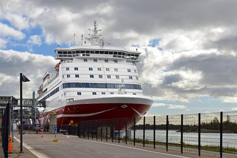 Milliseconde Gabriella, navigation cruiseferry, dans le port photographie stock