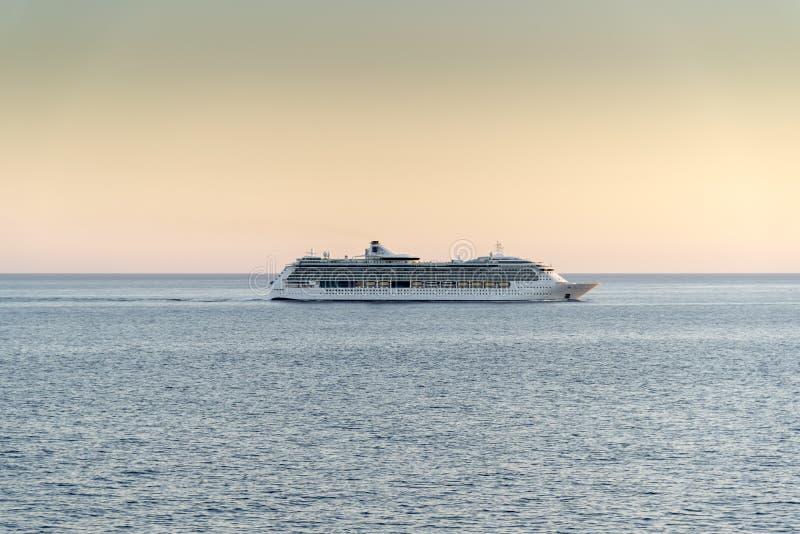 Milliseconde Jewel des mers au coucher du soleil photographie stock libre de droits