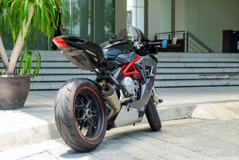 2019-05-17 Millivolt Agusta F3, Supersport-Motorrad-Parkfront O das Hotel in Pathumthani-Provinz, Thailand stockfotografie