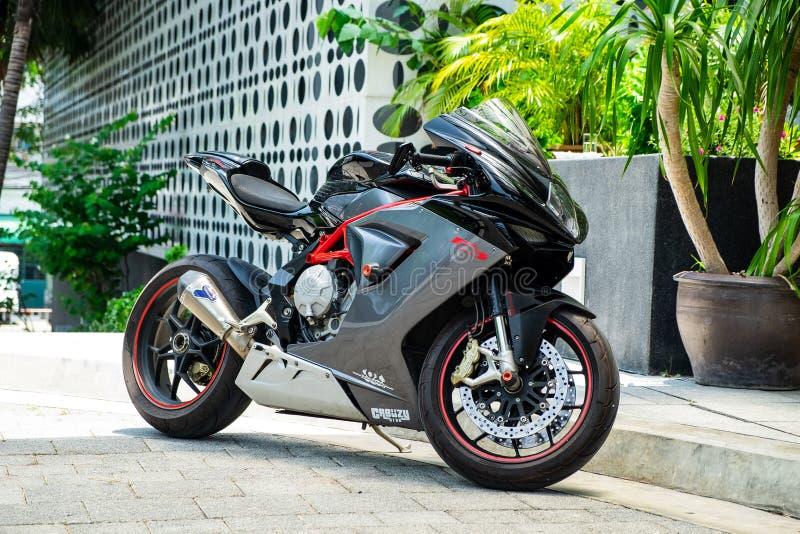 2019-05-17 Millivolt Agusta F3, Supersport-Motorrad-Parkfront O das Hotel in Pathumthani-Provinz, Thailand stockbild