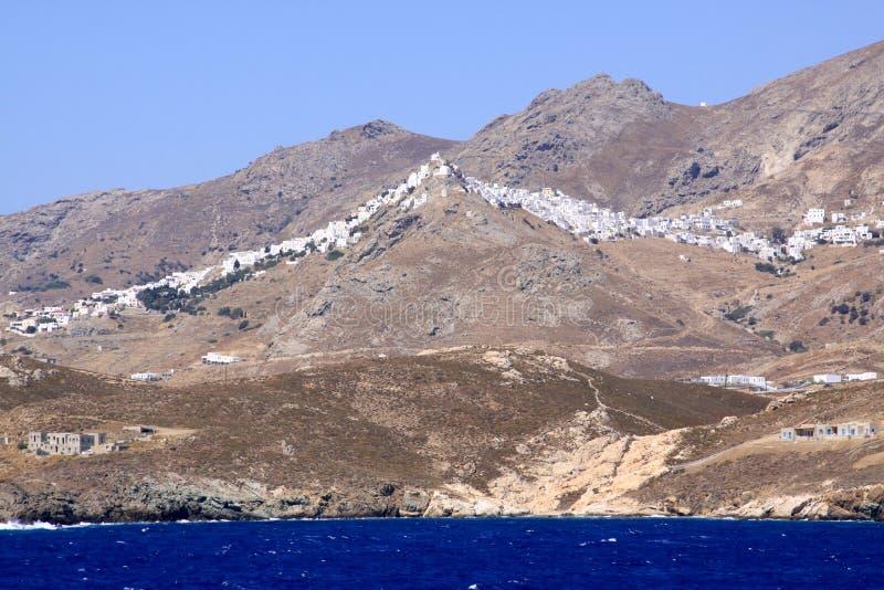 Milosdorp bovenop berg royalty-vrije stock afbeelding