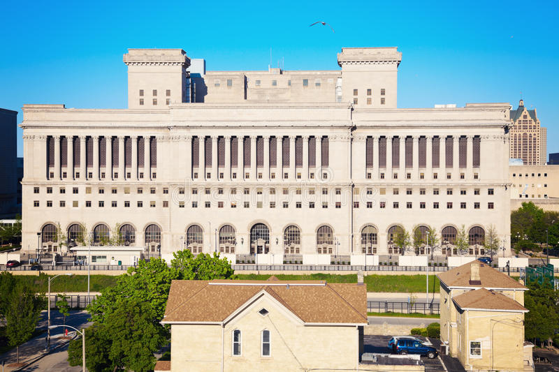Download Milwaukee County Courthouse Stock Image - Image: 25193093