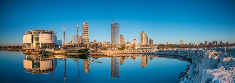 Milwaukee horisont arkivfoto