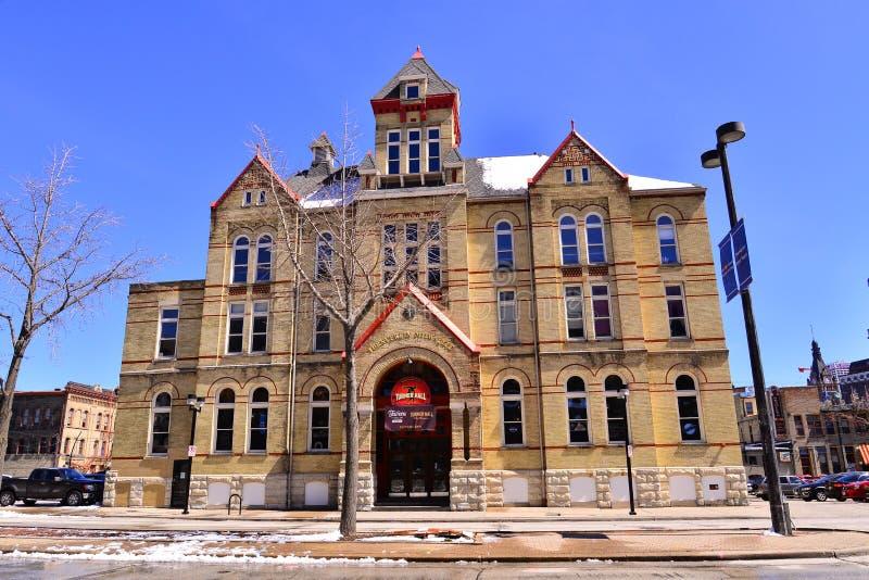 Milwaukee, le Wisconsin/Etats-Unis - 15 avril 2019 : Le beau bâtiment de Turnveneir Milwaukee dans le centre-ville image libre de droits