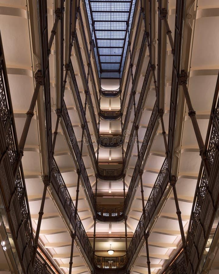 Milwaukee-Rathaus-Decke vom Lobbyboden stockfotos