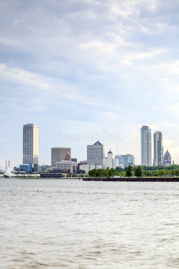 Milwaukee-Skyline, Wisconsin, USA stockfotos