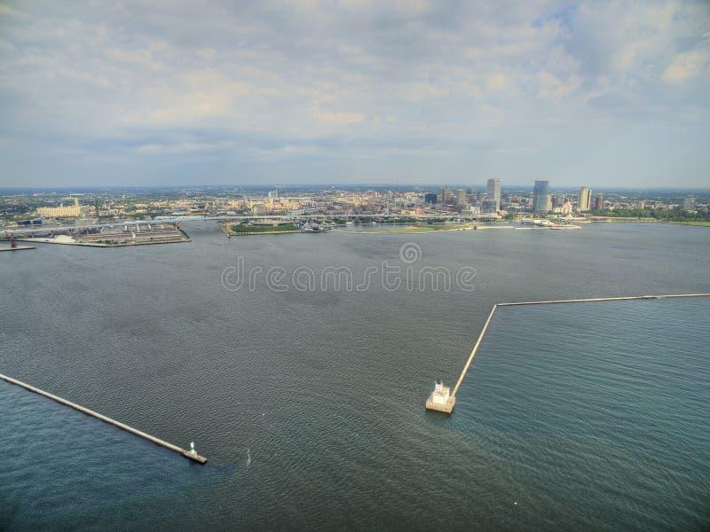 Milwaukee Wisconsin i sommar med surret arkivbild