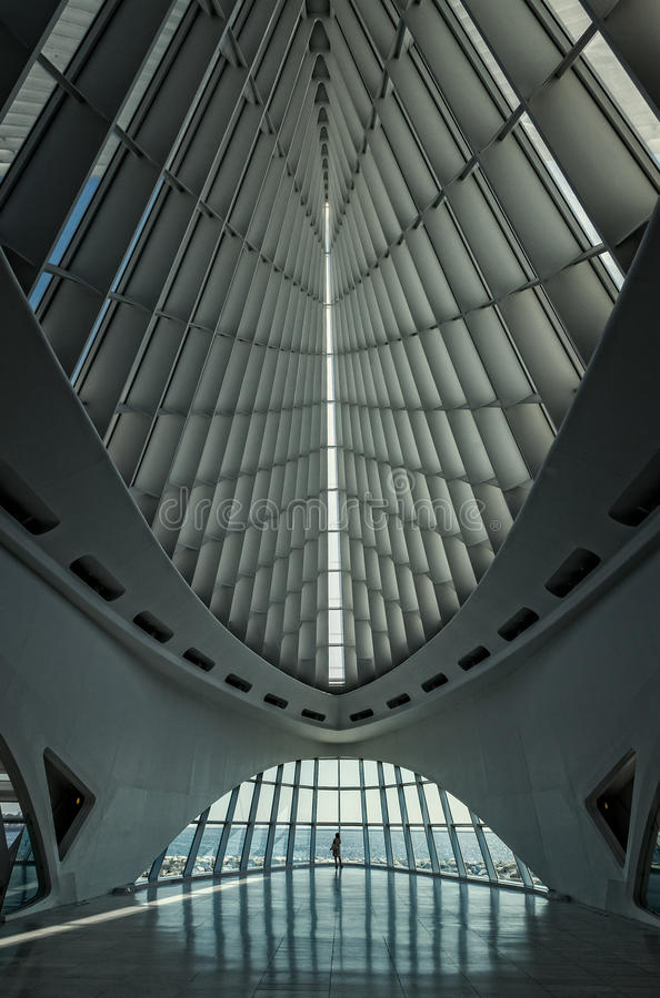 MILWAUKEE, WISCONSIN - 15. JULI: Innenraum des Milwaukee Art Mu lizenzfreies stockfoto
