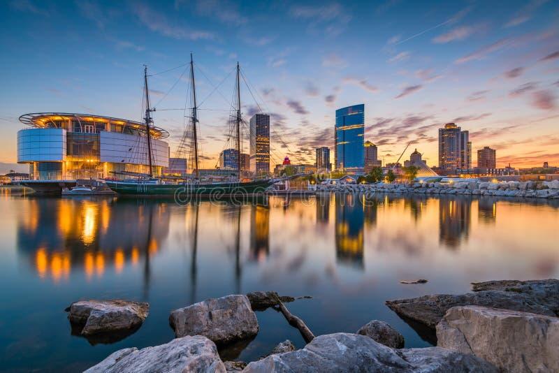 Milwaukee Wisconsin, USA horisont royaltyfri bild